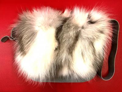 Luxusná dámska kabelka Diavolezza B27 Velour Grey/Artic Fox