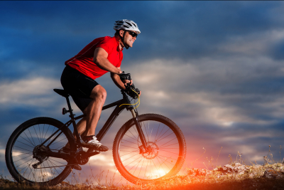 Práca svalov a rozloženie záťaže pri bicyklovaní. Starostlivosť o svaly pred a po jazde